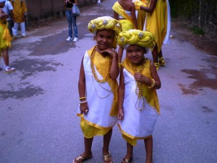Afoxé Ayó Delê - Xirê Iriti Lonã 2009 - Nauane e irmã