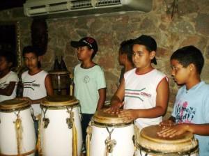 Ojó Odé Inlá - Percussão com Escola Albion