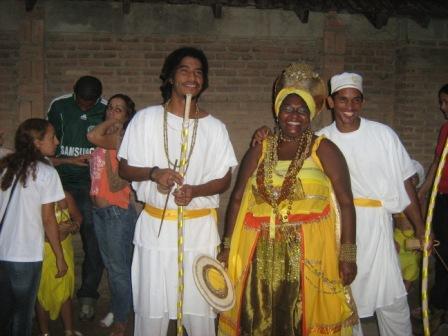 Afoxé Ayó Delê - Xirê Iriti Lonã 2009 - Rafael, Rainha de Ijexá e Ratinho