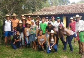 """""""Escola na Roça"""" com alunas e alunos de Agroecologia do IFG"""