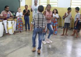 """""""Vila, Lá"""" Samba de Roda"""