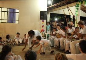 """""""Vila, lá"""": Capoeira Angola no """"Folclorarte"""" da Escola Estadual Dom Abel"""