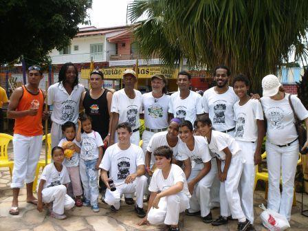Roda de Capoeira com a presença do Mestre Cabello