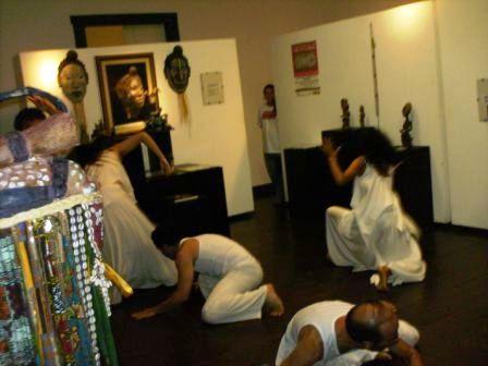 Xirê Iriti Lonã - Exposição Memoria Ancestral com o acervo do Memorial Africano