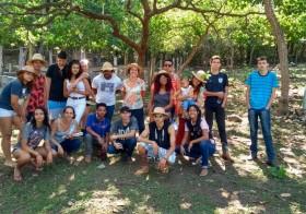 Escola na Roça com crianças da Odé Kayodê e estudantes de Agroecologia do IFG