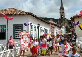 "7ª saída do ""Bloco da Vila"" no Carnaval da Cidade de Goiás"