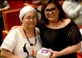 Diretora da Odé Kayodê recebe homenagem na semana da mulher